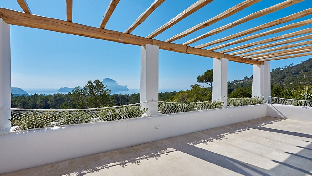 Opportunity: Unique property with exceptional views of Es Vedrá