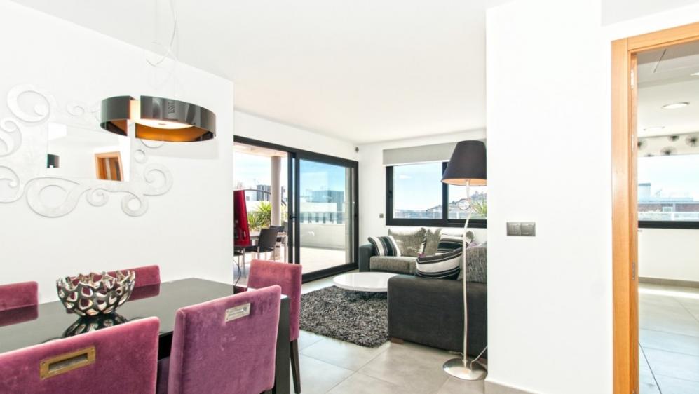 Modern penthouse in Marina Botafoch area