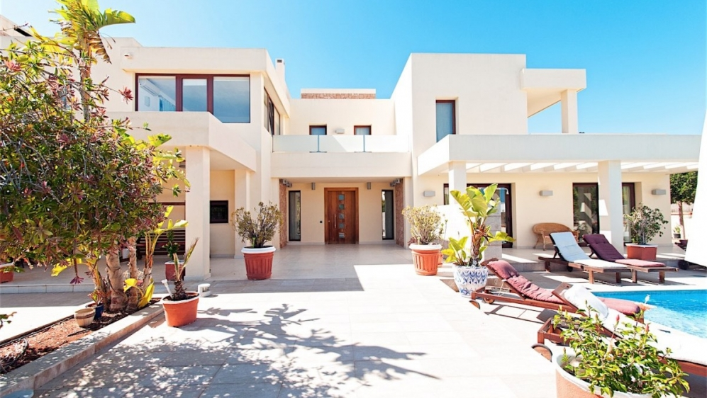 Beautiful large villa close to Ibiza town